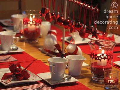 Christmas coffee table setting in red & white