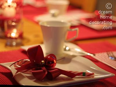 Place setting with 'party favor'